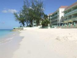 Der Strand des Blue Orchids Beach Hotels